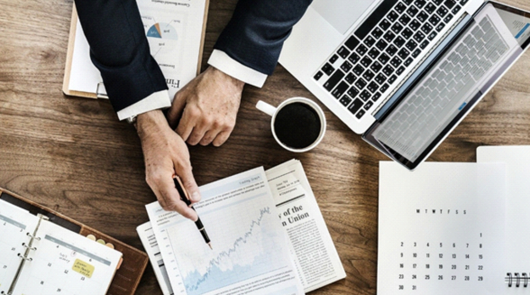 Data to actionable insights for business value
